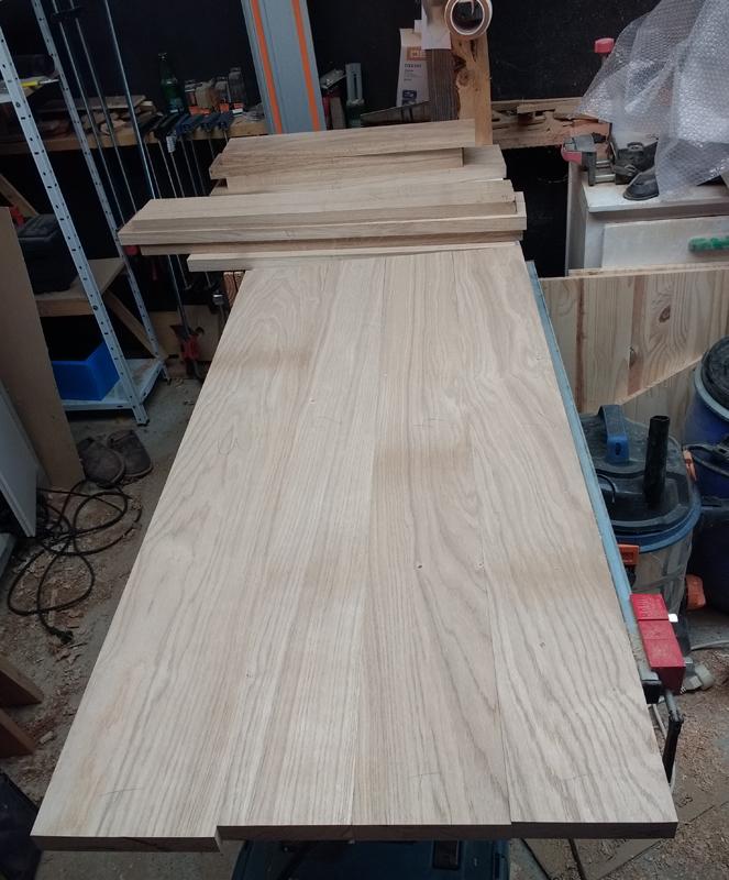 Une table basse pompée Tb_2