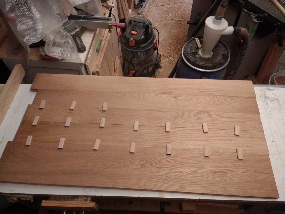 Une table basse pompée Tb_29