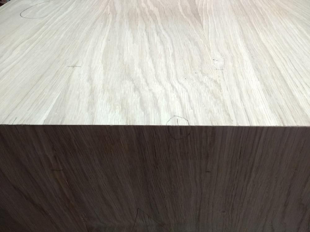 Une table basse pompée Tb_59