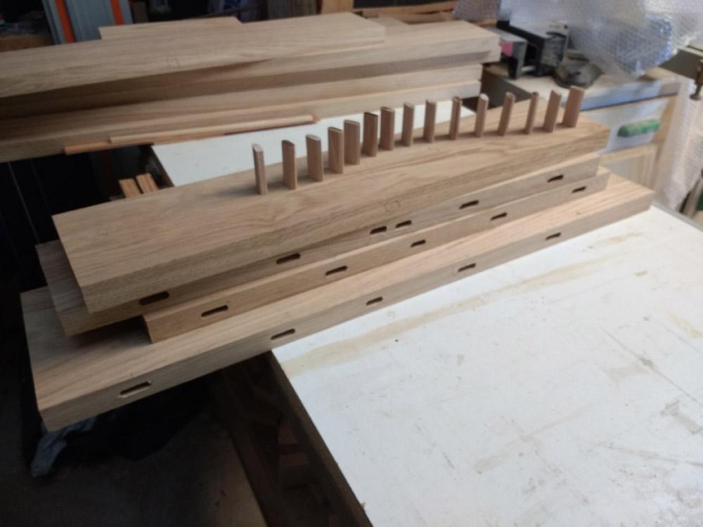 Une table basse pompée Tb_6